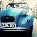 Rolling retro-style in Paris